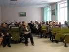 В зале друзья и коллеги юбиляра. Справа в третьем ряду - В.И. Шелехов, С.К. Черноножкин.